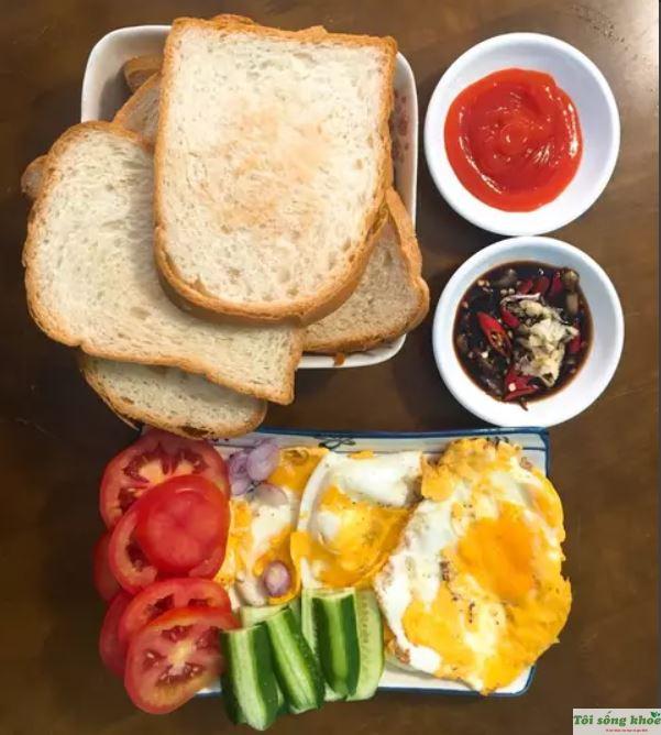banh-mi-sandwich-trung-op-la-2