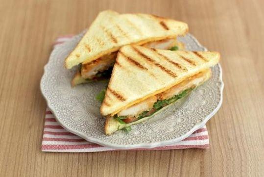cach-lam-sandwich-kep-uc-ga