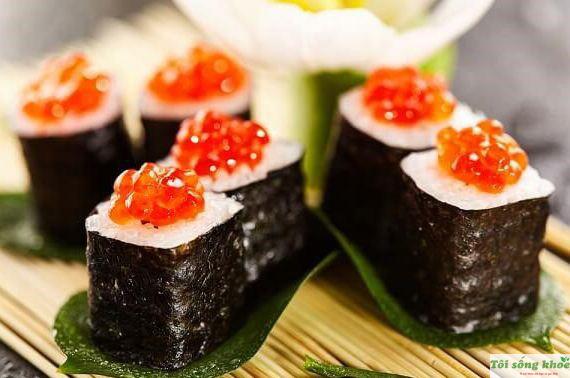 cach-lam-sushi-trung-ca-hoi-cho-be